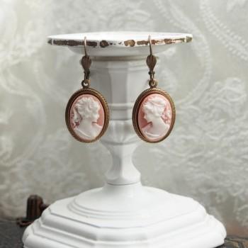 """Boucles d'oreilles victoriennes camées """"Victoria"""""""