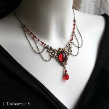Collier vintage, elfique, médiéval « volubilis » rouge